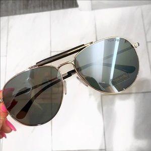 Brand New TOM FORD Large Aviator Sunglasses!